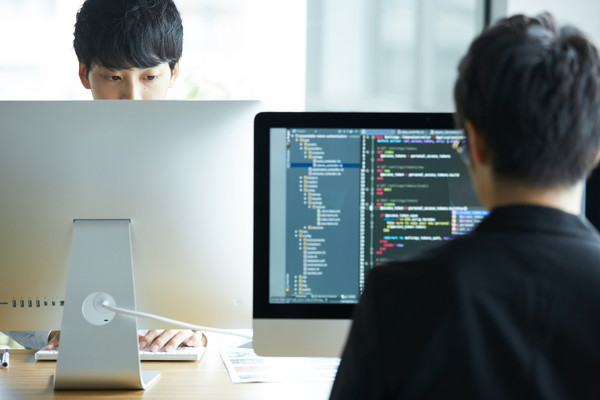 企業ホームページ制作|【リビジョン】株式会社インクラフト